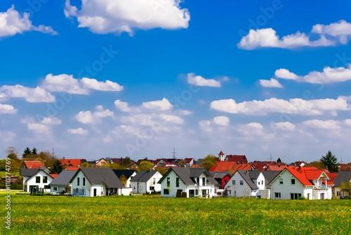 Fotografiet  Siedlung mit Einfamilienhäusern