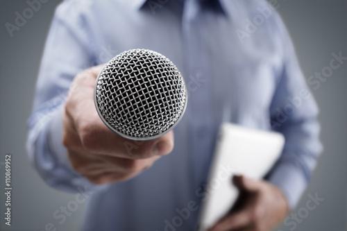 Obraz Interview with microphone - fototapety do salonu