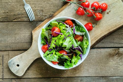 Fotografia fresh salad