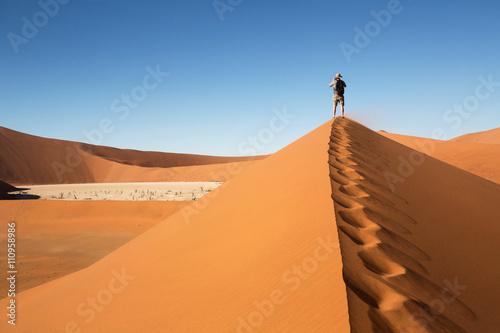 fototapeta na lodówkę Vue sur Dead Valley en Namibie