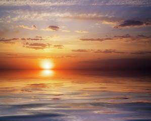 Fototapeta Wschód / zachód słońca Beautiful colorful sunset sky and ocean. Sunrise in the sea. Sky