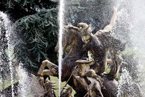 Fotografie, Obraz  Witley Court fountain