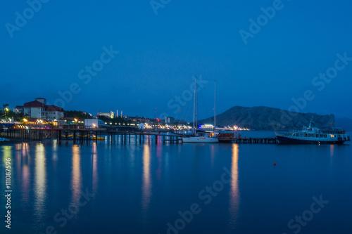 Fotobehang Noord Europa Night view of the waterfront