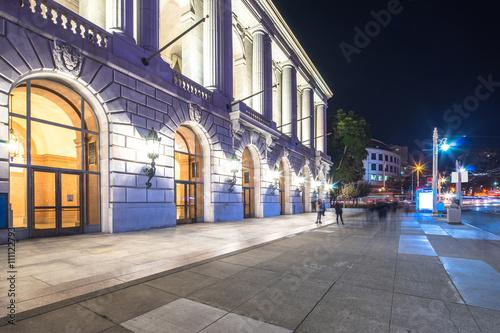 Foto op Plexiglas Caraïben empty footpath near wall of city hall in san francisco