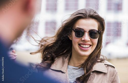 Lifestyle,Frankfurt,Sonnenbrille,braune Haare,Gemeinsamkeit,Urban,Freude