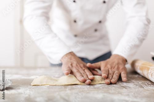 Koch,kochen,Ravioli,Gastronomie,Mehl,Frische,Zubereitung