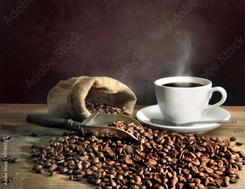 filizanka-kawy-i-ziarna-kawy