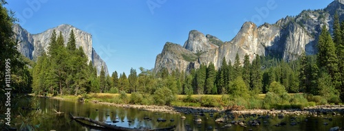 Photo  River in Yosemite National Park