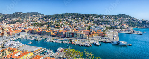Poster de jardin Nice Panoramic view of Nice port and buildings in mountains
