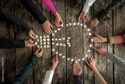 Fotografía  El trabajo en equipo y la cooperación concepto