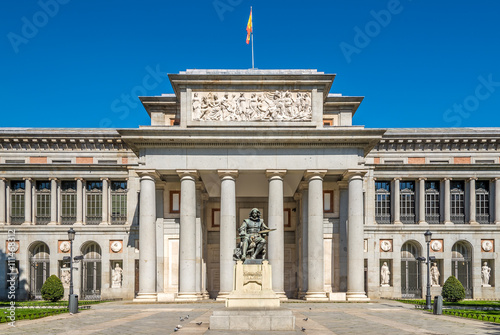 Poster Madrid Entrance to Prado museum with Velazquez statue of Madrid