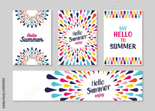 Witaj lato kolorowy kartkę z życzeniami i etykiety