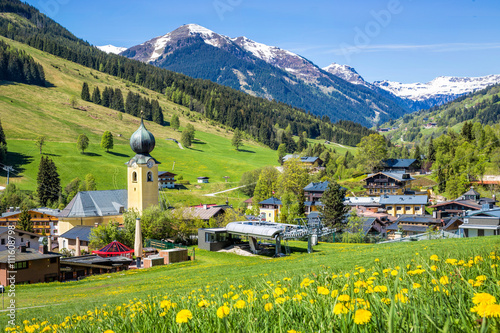 Foto op Plexiglas Pistache View over Saalbach village in summer, Austria