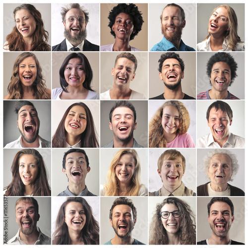 Valokuvatapetti Laughing people