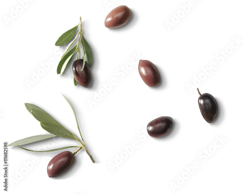 Photo  Olives with leafs
