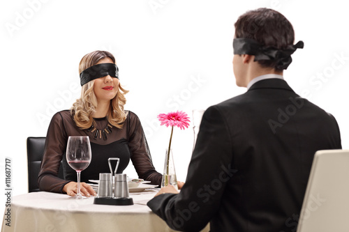Photo Young man and woman on a blind date