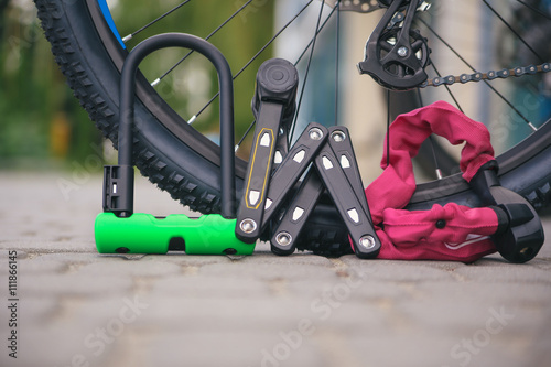 Photo sur Aluminium Velo Bicycle locks
