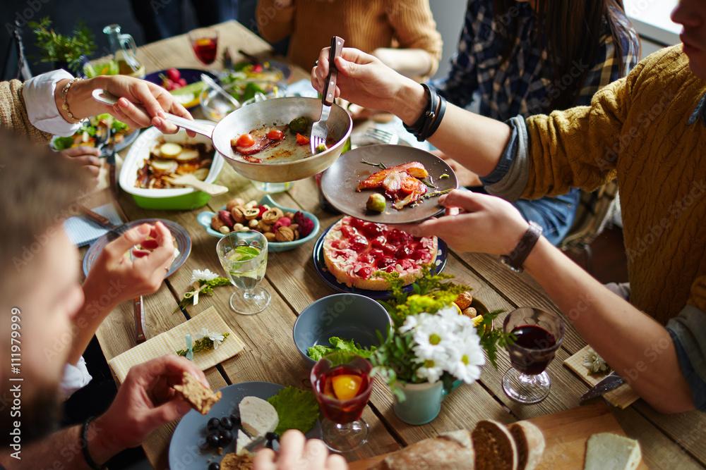 Fototapety, obrazy: Family dinner
