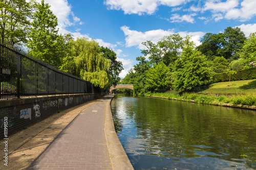 Tuinposter Kanaal Relaxing Scenery of Canal