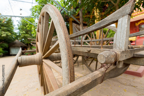 Fotobehang Indiërs Old horse drawn wooden cart on display in Siem Reap, Cambodia