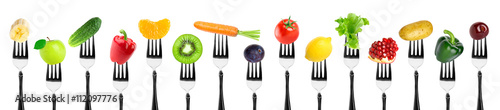 Poster Légumes frais Fruits and vegetables on fork