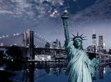 Statua Wolności i Most Brooklyński w Nowym Jorku - 112133949