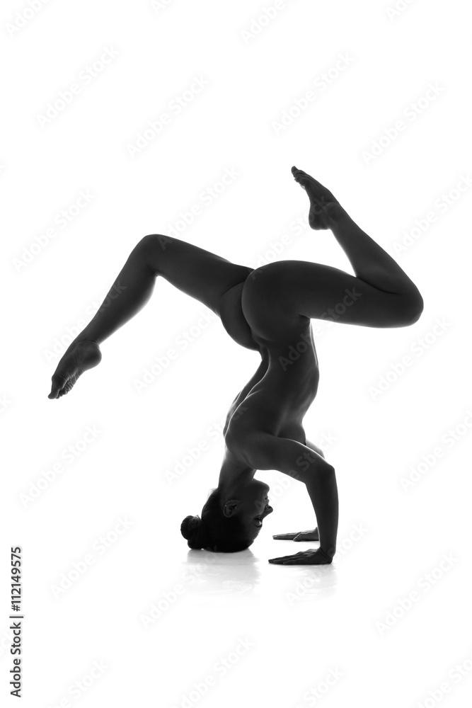 nackt yoga kalender