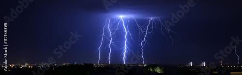 Foto op Aluminium Onweer piorun
