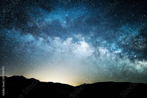 milky way as seen from death valley at night