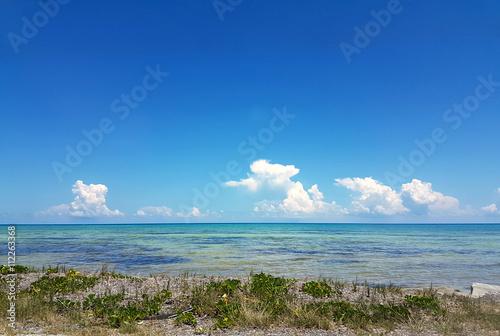 Valokuva  Caribbean waters in Florida Keys