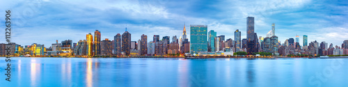 Aluminium Prints City building Midtown Manhattan panorama as viewed from Gantry Plaza State Park across East River