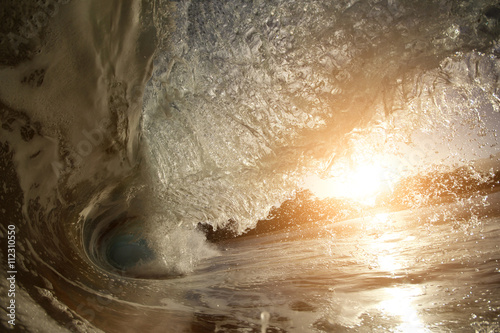 Stickers pour portes Eau Wave Ocean wave hollow crashing blue water tube swimming closeup in sunset
