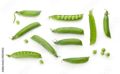 Fotografia Fresh green pea pods and peas