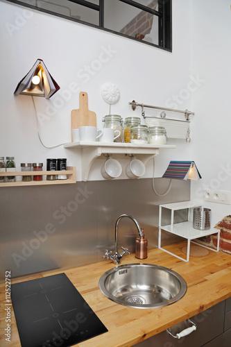 décoration cuisine studio appartement – kaufen Sie dieses Foto und ...
