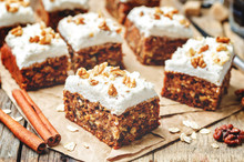 Vegan Walnuts Carrot Cake With Cashew Cream Frosting