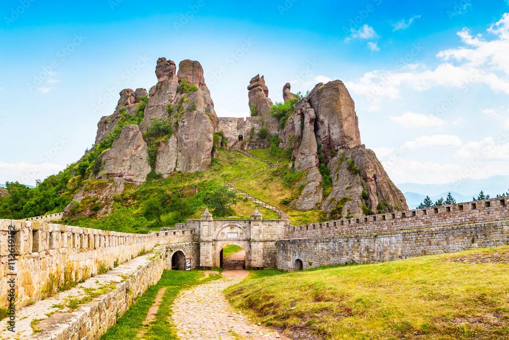 Fototapety, obrazy: Vibrant image of Belogradchik cliff rocks and wall at ancient Kaleto fortress, Bulgaria