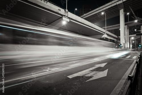Fotografiet  City road bridget night of night scene