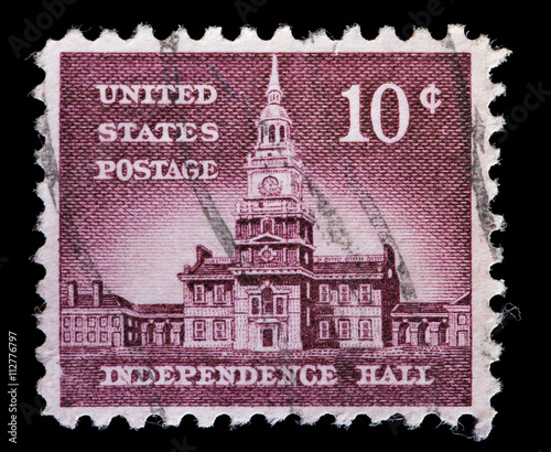 Valokuva  United States used postage stamp showing the Independence Hall