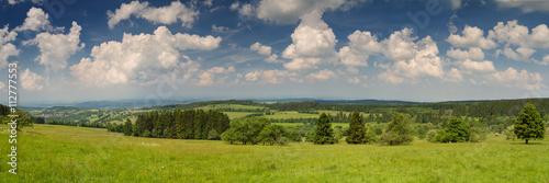Poster de jardin Colline Panorama Vogelsberg vom Gipfel des Hoherodskopf