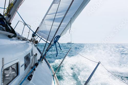 Fotografia  Sailing with wave