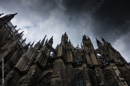 Photo  Cologne Cathedral against the sky in Germany