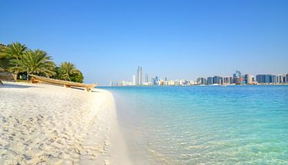 Abu Dhabi, Ujedinjeni Arapski Emirati