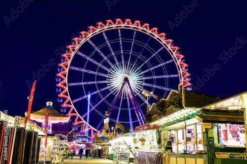 Poster Amusementspark ruota panoramica