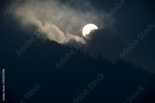 Fotografia  Halloween Himmel Sonnenfinternis Schrecken - moody sky