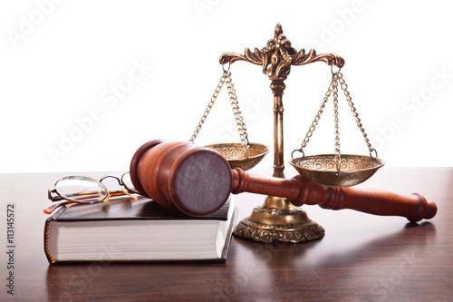 prawna-ochrona-praw-czlowieka