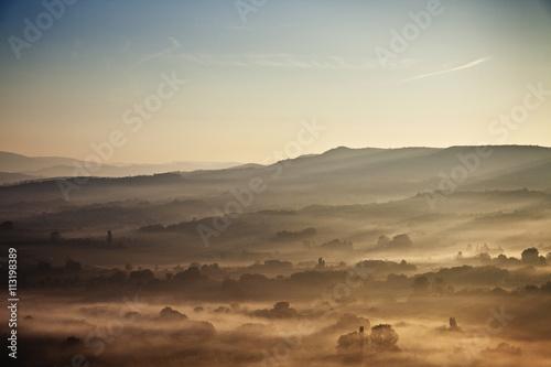 Papiers peints Coucher Fog on mountain range
