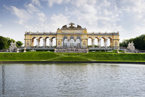 Photo Gloriette at schonbrunn palace against sky