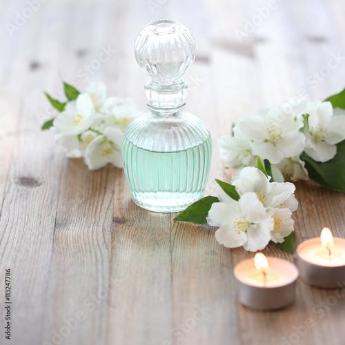 Photo  Aromatherapy with sweet mockorange