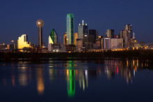 Downtowwn Dallas, Texas At Nig...