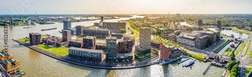 Staande foto Rotterdam Rotterdam, Panorama vom Hafenviertel, Holland